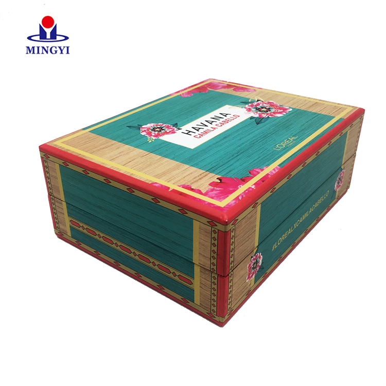 Custom Logo Green Colour Clothing Food Paper Flat Cardboard Packing Luxury Magnetic Gift Box